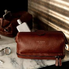 Ted Baker Chocks Croc Effect Leather Wash Bag, €85 http://bit.ly/2rIJGYO