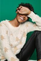 Next White:Gold Christmas Fluffy Tree Sweater, €31 http://bit.ly/2QwmtXO