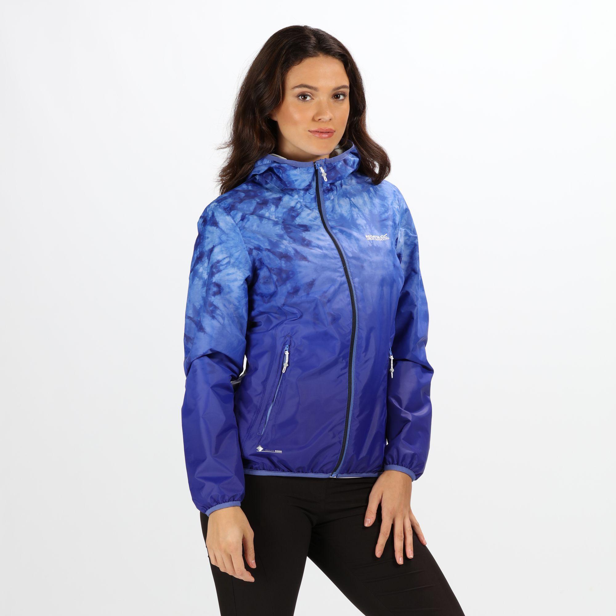 d73395f83751 regatta-womens -leera-iii-lightweight-hooded-waterproof-jacket-blueberry-pie.jpg