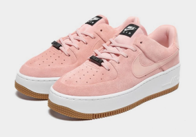 Nike Women's Air Force 1 Sage Low, €110 http://bit.ly/2Oj3sGe
