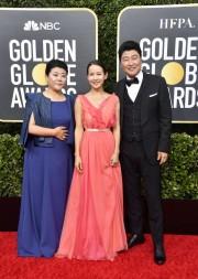 Lee Jeong-eun, Cho Yeo-jeong, and Song Kang-ho