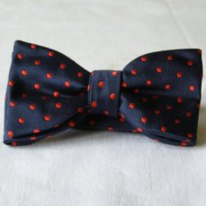Kennedy & McSharry Silk Polka Dot Bow Tie, €49 https://bit.ly/2SgqxuR