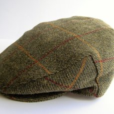 Kennedy & McSharry Tweed Cap, €50 https://bit.ly/2y7JPf1