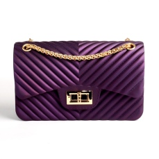 Contemporary Purple Handbag, €42 https://bit.ly/2VItXsk