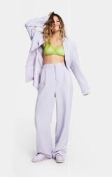 ASOS DESIGN CIRCULAR Unisex Lilac Suit: Blazer, €80.99 https://bit.ly/3iic6ki Trousers, €48.99 https://bit.ly/3cJHxmb