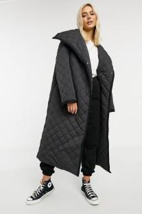 ASOS DESIGN Longline Diamond Quilted Maxi Coat, €89.99 https://bit.ly/3n4SnIw