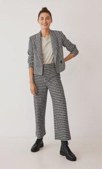 Mango Houndstooth Wool-blend Suit: Blazer, €59.99 https://bit.ly/3ieob9V Culotte Trouserss, €39.99 https://bit.ly/30jZ4fX