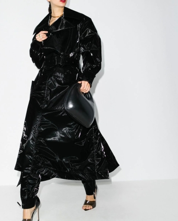Mugler Oversized Trench Coat, €2,030 https://bit.ly/2ES9wDK