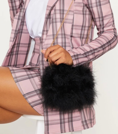 PrettyLittleThing Black Marabou Feather Clutch Bag, €20 (was €28) https://bit.ly/2QSBi5o