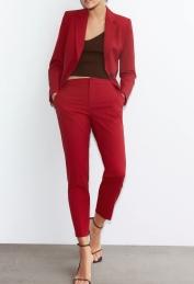 Zara Basic Suit: Blazer, €29.95 https://go.zara/3bqtb9C Trousers, €19.95 https://go.zara/3gUUCd8