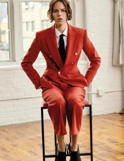 Zara Tailored Suit, from €39.95 https://go.zara/2Z2moxX