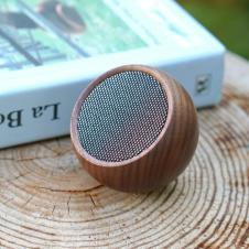 Designist Tumble Speaker, €42 https://bit.ly/2HAS0ow