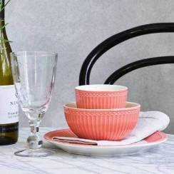 GreenGate Cereal Bowl Alice Coral, €12 https://bit.ly/37Q0naT