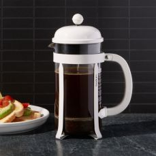 The Kitchen Whisk Bodum Caffettiere French Press White 3 Cup, €16.95 https://bit.ly/3mSls96
