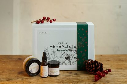 Dublin Herbalists Rejuvenating Gift Set, €65.68 https://bit.ly/3jWK0fj