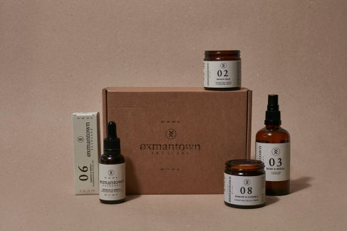 Oxmantown Skincare Hydration Heroes Facial Kit, €95 https://bit.ly/38fluUb