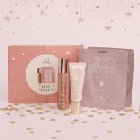 Sculpted by Aimee Connolly Skin Secrets Gift Set, €40 https://bit.ly/3euiZyx